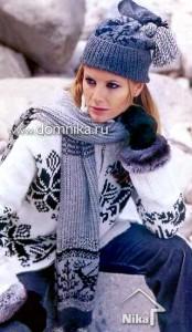 Шапка и шарф с  оленями