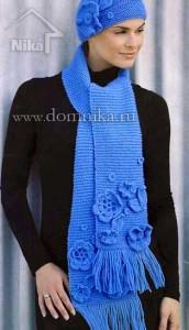 Длинный шарф с цветами и шапочка