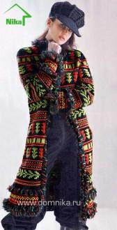 Пальто с жаккардовыми узорами