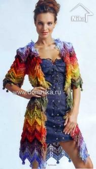 Пальто спицами цветные зигзаги