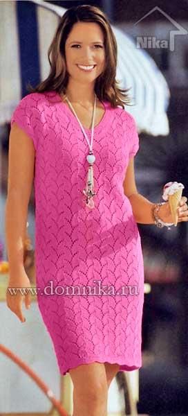 Вязаное мини-платье