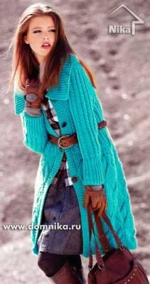 Вязание спицами пальто с узором из ромбов