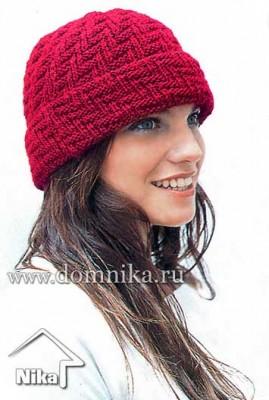 Зимняя вязаная шапка с отворотом