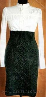 Прямая вязаная юбка спицами