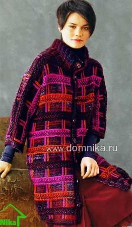 Вязаное пальто в клетку
