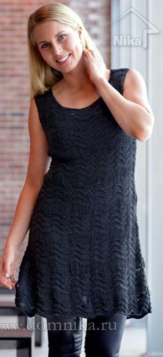 Стильное вязаное платье со схемами