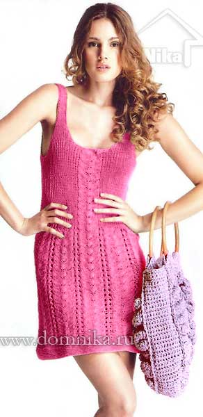 Вязаное платье спицами на лето