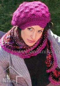 Теплая вязаная шапка и шарф