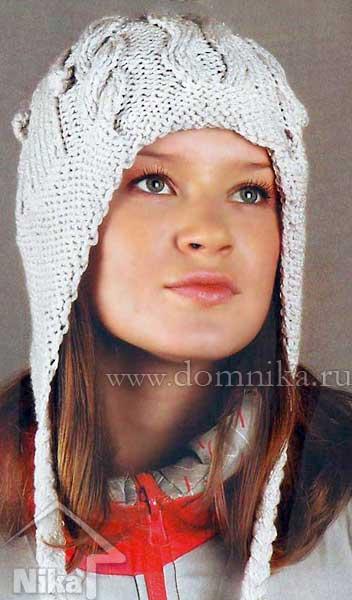 Вязаная женская шапка с косами