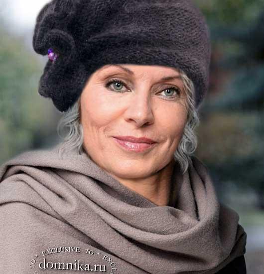 Стильная вязаная шляпка для женщин 60 лет